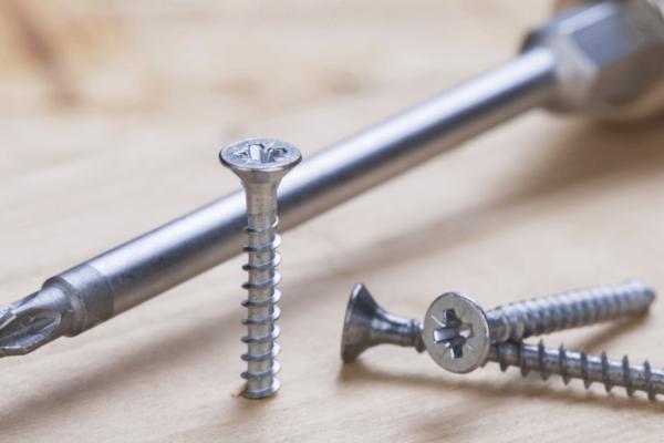 Nails vs Screws for Framing